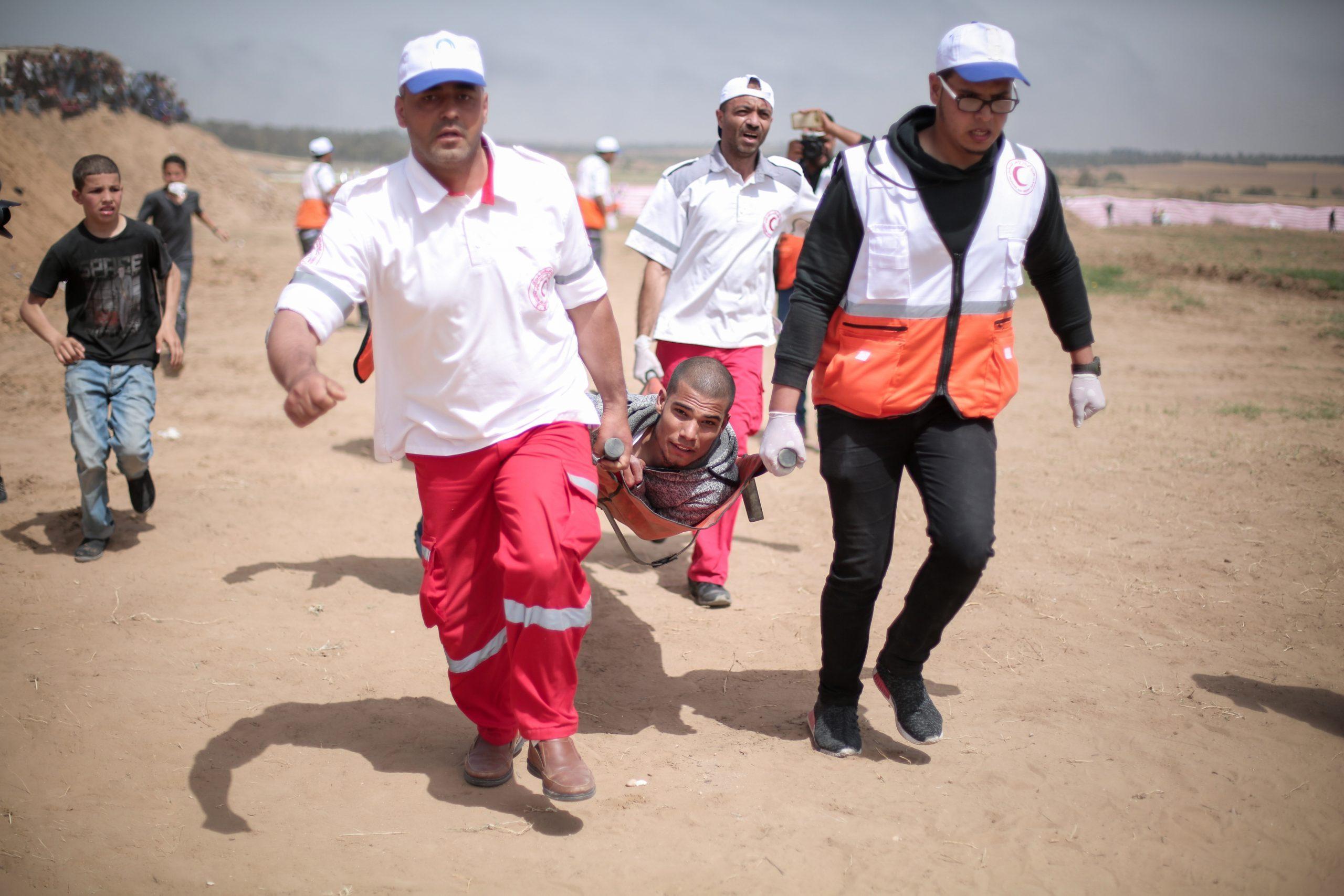 Abtransport von einem Verwundeten in Gaza